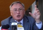 J. Víctor Gay
