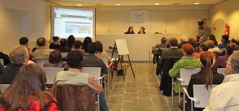 Blanes engega la 10a edici del voluntariat per la llengua for Oficina de treball blanes