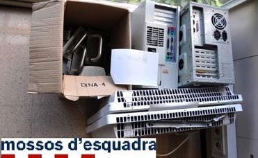 Entre el material que volia robar figuren dos ordinadors