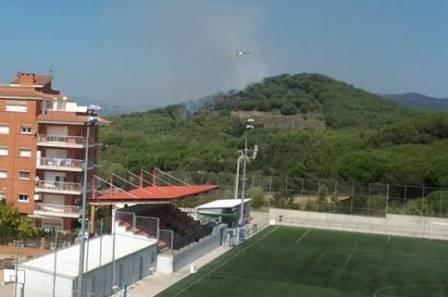Esta imagen ayuda a situar el lugar del incendio. En primer lugar, el campo de fútbol de Ca la Guidó / Foto: Antonio Soti