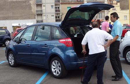 Possible operació de venda d'un vehicle / Foto: JFG