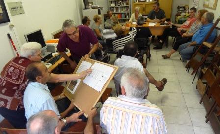 Imagen de la asambea celebrada ayer tarde en el local de la asociación