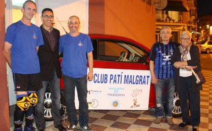 Membres del Club Patí Malgrat i Dolors Oms, presidenta d'Aspronis