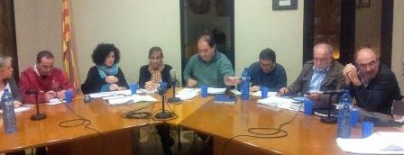 Regidors de l'Ajuntament d'Arbúcies durant un ple / Arxiu