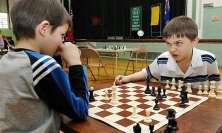 El ajedrez estimula la actividad mental de los niños