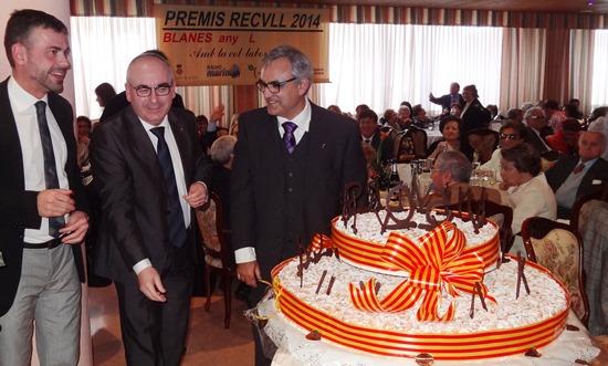 El conseller Santi Vila, l'alcalde Josep Marigó i Vicenç Llorca / Foto: JFG
