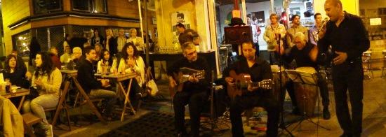 Actuación en la calle Ample de Blanes con motivo de la promoción Blanes12, el 17 de mayo de 2013 / Foto: JFG