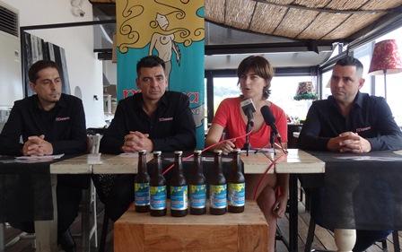 Los organizadores de Birrasana y la concejala de Promoción Económica Lara Torres, hoy durante la presentación del festival / Foto: JFG