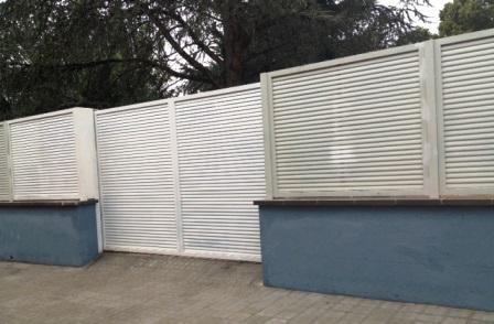 Nova tanca del col·legi Sant Salvador d'Horta