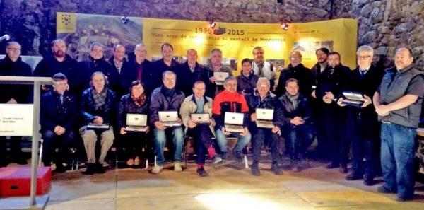 Foto de grup de tots els homenatjats amb motiu del 20è aniversari de l'inici de les obres