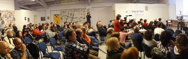 Público asistente a la presentación de la Agrupació Blanenca d'electors - Batega per Blanes, ayer en la Casa del Poble