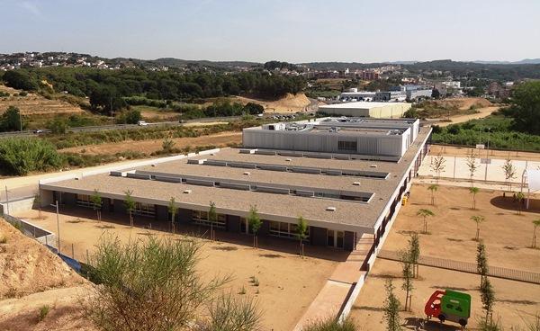 Vista panorámica del nuevo centro escolar / JFG