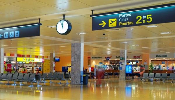 Terminal de l'Aeroport de Girona / Aena