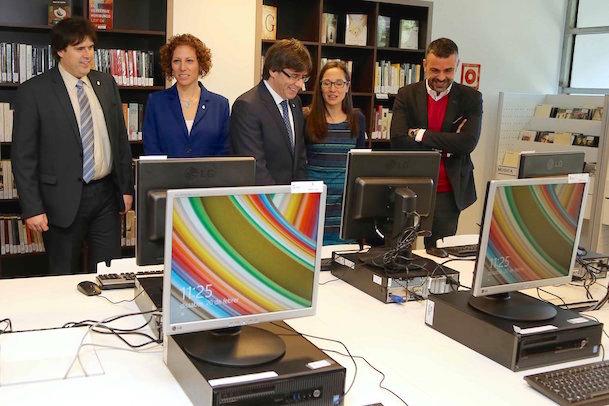 El president Puigdemont ha inaugurat avui la nova bibilioteca d'Àngles