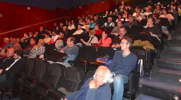 Van assistir unes 150 persones