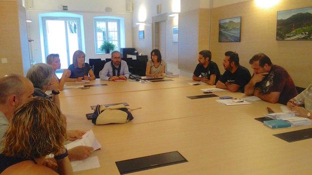 El secretari general durant la reunió amb el comitè d'empresa i representants de Nylstar / Generalitat de Catalunya